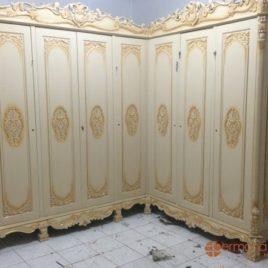 Lemari Klasik Mewah 7 Pintu